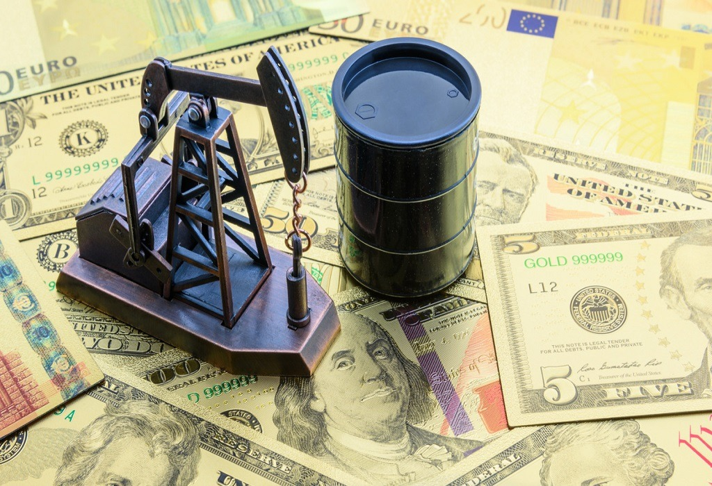 Currencies and Oil